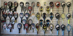 Advantage Tennisspeciaalzaak racketwand 2021